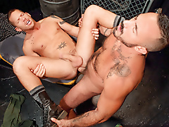 pissing threeway muscle hairy watersports fucking